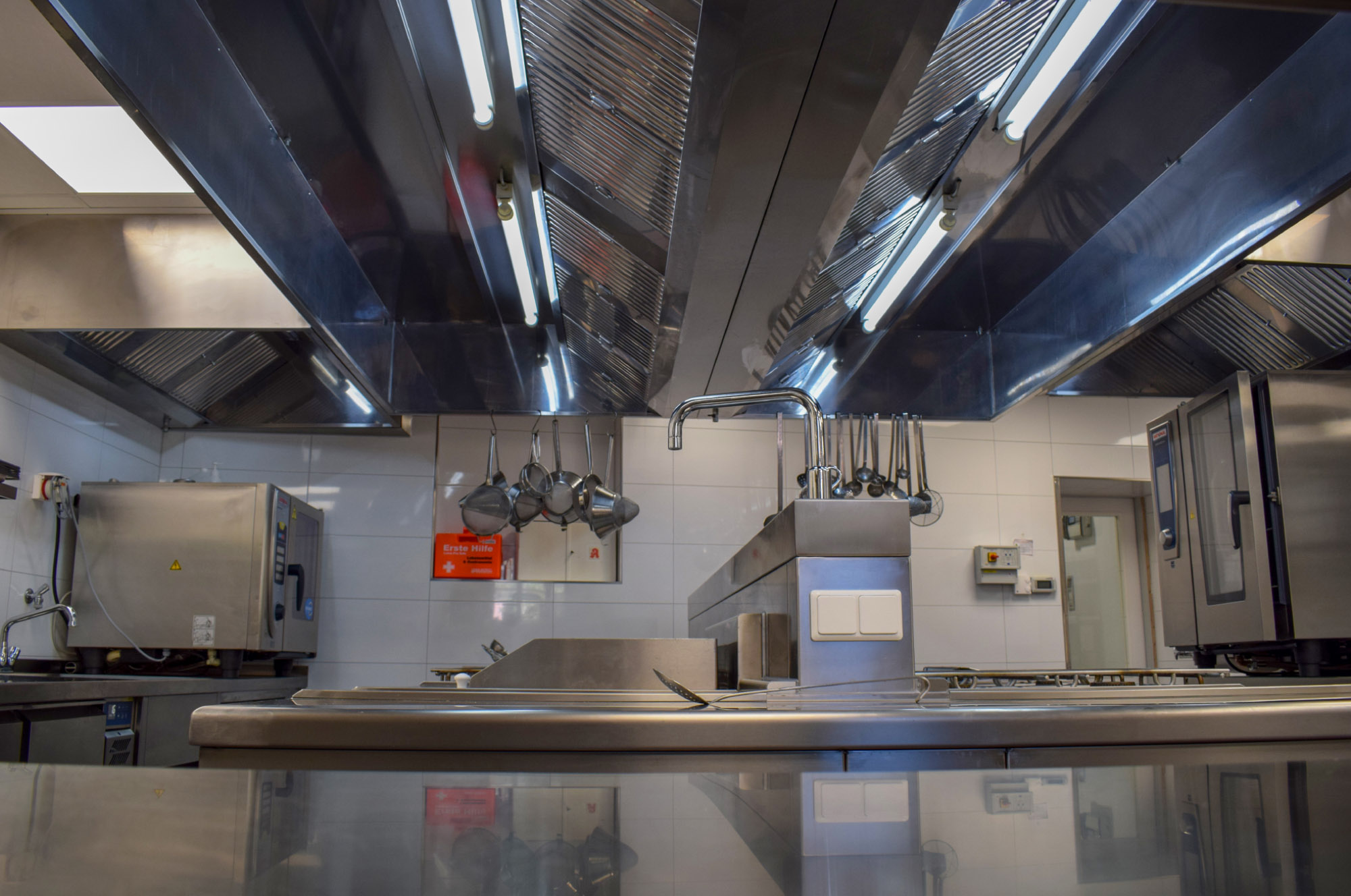 Blick in die Küche des Gutsausschank Spindler